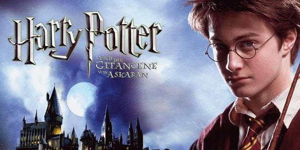 В фильме снимались.  Все постеры Гарри Поттер и узник Азкабана.